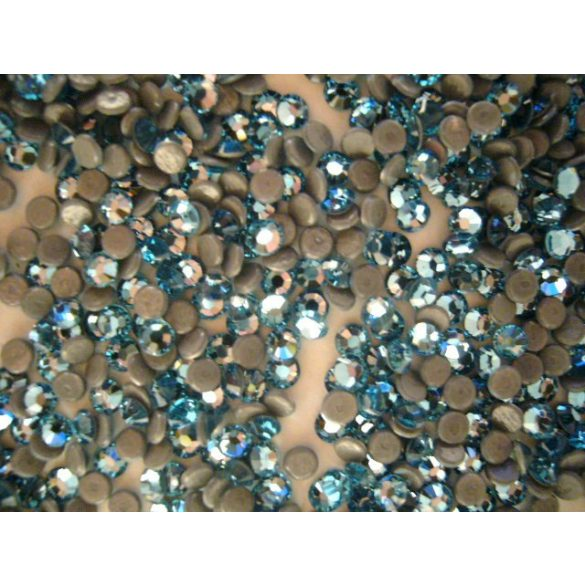 Piedras de Swarovski color Azul Claro, 20und (estampado textil)